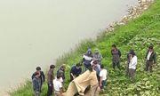 Buổi chiều ra sông, tá hỏa phát hiện thi thể nam giới nổi trên mặt nước