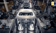 Video: Nhà máy ôtô điện lớn nhất Trung Quốc lắp xong một xe trong 90 giây