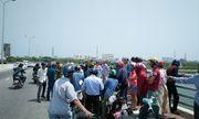Đà Nẵng: Tìm kiếm người đàn ông bỏ lại xe máy, gieo mình xuống sông Hàn