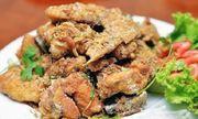 Món ngon mỗi ngày: Cách làm gà rang muối ngon như hàng nịnh chồng