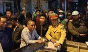 Vụ tài xế đâm gục người đi xe máy sau tai nạn ở Hà Nội: Công an đang lấy lời khai của nghi can