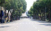 """Hà Nội nắng nóng kỷ lục gần 60 độ C, đường phố """"bỏng như rang"""""""