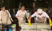 Làm đậu phụ ở làng chài - Võng La: Nghề truyền thống, giúp dân làm giàu