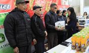 Đại Việt trao 2015 phần quà Tết trên toàn quốc