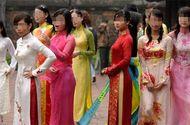 """An ninh - Hình sự - 118 cô gái lột đồ để được chọn làm vợ hay """"mua cô dâu theo nhóm"""""""