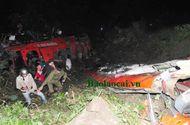 Xã hội - Cận cảnh hiện trường xe khách chở 53 người rơi xuống vực sâu