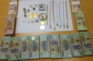 An ninh - Hình sự - Nhân viên tiệm vàng tạo hiện trường giả để chiếm đoạt gần 2,6 tỷ