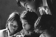 Chuyện học đường - Báo tường 20/11 với những truyện ngắn hay và ý nghĩa về thầy cô