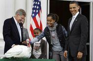 Thế giới - Video: Tổng thống Mỹ Barack Obama ân xá cho ... gà tây
