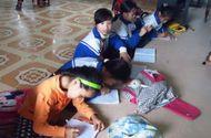 Chuyện học đường - Học sinh tiểu học phải dùng bục giảng làm bàn