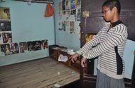 An ninh - Hình sự - Bắt đối tượng xách dao vào phòng trọ cướp 50 ngàn đồng