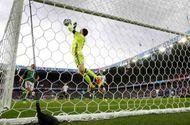 Bóng đá - Top 5 pha cứu thua khó tin nhất vòng bảng EURO 2016