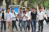Giáo dục - Hàng ngàn thí sinh miền Trung làm thủ tục dự thi THPT Quốc gia 2016