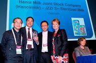Tài chính - Doanh nghiệp - Sữa IZZI đạt giải thưởng Công nghiệp thực phẩm toàn cầu 2016