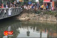 Video-Hot - Nam thanh niên ngáo đá, trần truồng nhảy sông Lừ