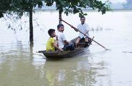 Chuyện học đường - Hàng nghìn học sinh ở Nghệ An và Hà Tĩnh vẫn phải nghỉ học vì mưa lũ