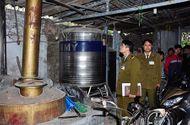 Thị trường - 10 ngày kiểm tra, Hà Nội tịch thu gần 30.000 lít rượu lậu