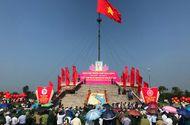 Tin trong nước - Thượng cờ Tổ quốc mừng Ngày thống nhất non sông