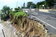 Tin trong nước - Đồng Tháp ban bố tình trạng khẩn cấp sạt lở bờ sông Tiền