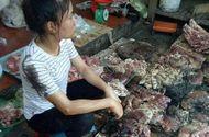 Tin trong nước - Thông tin bất ngờ vụ 2 phụ nữ hất dầu luyn vào sạp thịt lợn ở Hải Phòng