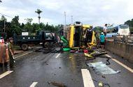 Tin trong nước - Xe tải lật nghiêng, hơn 50 con trâu chạy tán loạn trên quốc lộ