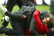 """Bóng đá - Mourinho hóa """"trẻ nhỏ"""" trong ngày Man United đoạt cúp"""