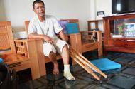 Tin trong nước - 2 cán bộ trật tự đô thị bị đình chỉ vì đánh người bán chè gãy xương