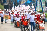 """Truyền thông - Thương hiệu - Frieslandcampina Việt Nam cùng hành cùng chương trình đi bộ """"Vì nạn nhân chất độc da cam & người khuyết tật"""" năm 2017"""
