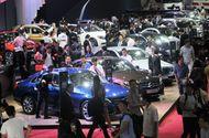 """Nhờ """"cuộc đua"""" giảm giá, thị trường ô tô Việt Nam tháng 8 phục hồi ấn tượng"""