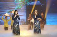 """Tin tức - """"Chị em Sao Mai"""" Thu Hằng - Bích Hồng đọ vẻ xinh đẹp khi đứng chung sân khấu"""