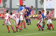 HLV U15 Stoke City đánh giá bất ngờ về sức mạnh của U15 PVF