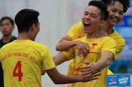 Thể thao - 8 đội mạnh vào tứ kết Giải bóng đá học sinh THPT Hà Nội tranh Cup Number 1 Active