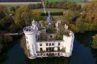 Tin tức - Lâu đài bỏ hoang được hơn 9.000 người cùng góp tiền mua có gì thu hút?