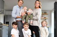 Gia đình - Tình yêu - Chán cuộc sống yên ả, cặp vợ chồng bán nhà đưa 5 con nhỏ đi du lịch thế giới
