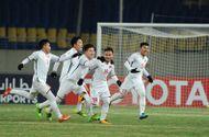 Tin tức - Quang Hải được nhiều đội bóng nước ngoài săn đón, lương 30.000 USD/tháng