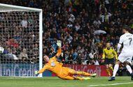 Tin tức - Ronaldo lập hat-trick giúp Real giành chiến thắng
