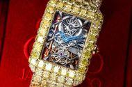 Cận cảnh chiếc đồng hồ nạm 127,45 carat kim cương