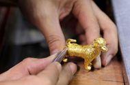 Trước ngày vía Thần tài: Người dân đổ xô đi mua vàng