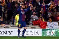 Tin tức - Barcelona 3-0 Chelsea: Messi tỏa sáng, Barca ngạo nghễ tiến vào bán kết