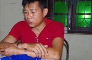 Tin tức - Khám nhà kẻ vận chuyển 6.000 viên ma túy, thu giữ súng và kiếm