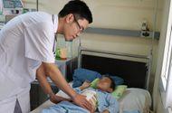 Tin tức - Quảng Ninh: Bé 6 tuổi bị vỡ gan, đứt đôi tuỵ vì chậu cây cảnh đổ vào người