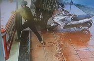 Tin tức - Vụ cướp 20 dây chuyền vàng trong 3 giây: Camera ghi hình nghi phạm