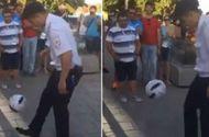 Ngạc nhiên trước tài tâng bóng của sỹ quan cảnh sát nước chủ nhà World Cup 2018