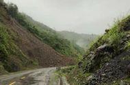 Tin tức - Quốc lộ 12 Lai Châu đi Biện Biên bị tê liệt do do mưa lũ, sạt lở