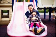 Tin tức - Chuyện lạ có thật: Bé gái 4 tuổi bị bỏng độ 2 chỉ vì chơi cầu trượt