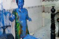 Tin tức - Điều tra vụ nữ giám đốc bị kẻ lạ tạt sơn kín người