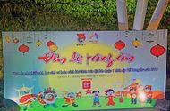 Nhịp cầu Hồng Đức - 200 trẻ em nghèo rước đèn trung thu tưng bừng cùng VN Ngày Nay