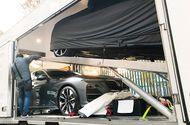 Ôtô - Xe máy - Nóng: 2 chiếc xe VinFast đã cập bến sân khấu lớn Paris Motorshow 2018!