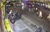 Tin tức - Video: Cướp đi xe máy giật phăng điện thoại của cô gái trên phố