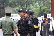 Tin tức - An ninh thắt chặt tại phiên tòa xử ông Phan Văn Vĩnh và 91 bị cáo trong đường dây đánh bạc ngàn tỷ